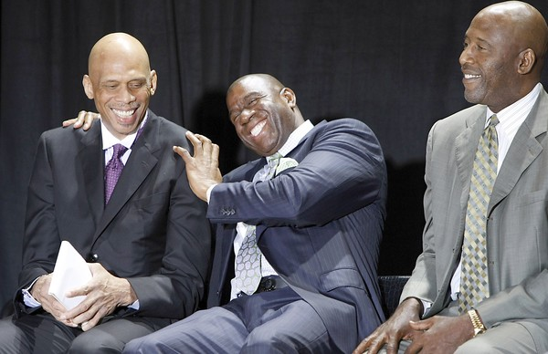 Image result for o'neal statue Lakers kareem