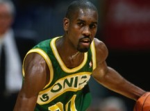 Gary Payton talks to rookie about succeeding in NBA