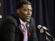 Ex-NBA All-Star Larry Johnson understands benefits of NBA D-League