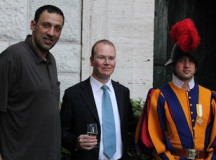 Vlade Divac poses with Corporal Urs Breitenmoser and an unnamed Swiss Guard (L to R) inside the barracks on April 18, 2013. Credit: Stephen Driscoll/CNA.