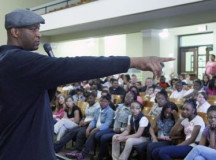 Former NBA player John Wallace visited North Park Academy, spoke to students