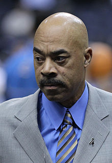 Ex-NBA player Phil Chenier talks about Jason Collins coming out as gay