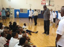 Former NBA players participate in Houston Full Court Press Clinic with kids – PHOTOS