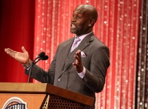 Gary Payton uses his IPad to thank everyone in Hall of Fame speech