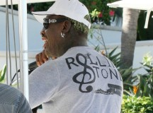 "Dennis Rodman: ""Rolling Stoned"", smoking a cigar in Miami – PHOTOS"