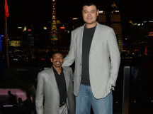 Yao Ming stands for ban of selling shark fin soup in China