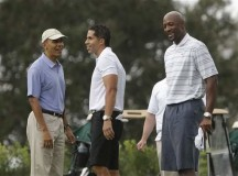 Barack Obama plays golf with Alonzo Mourning – PHOTOS