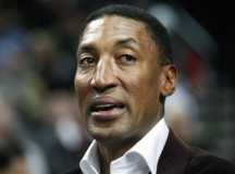 "Scottie Pippen expects ""MVP-type"" season from post-injury Derrick Rose"