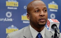 Ex-NBA player Brian Shaw wears his mother's wedding ring in his ear