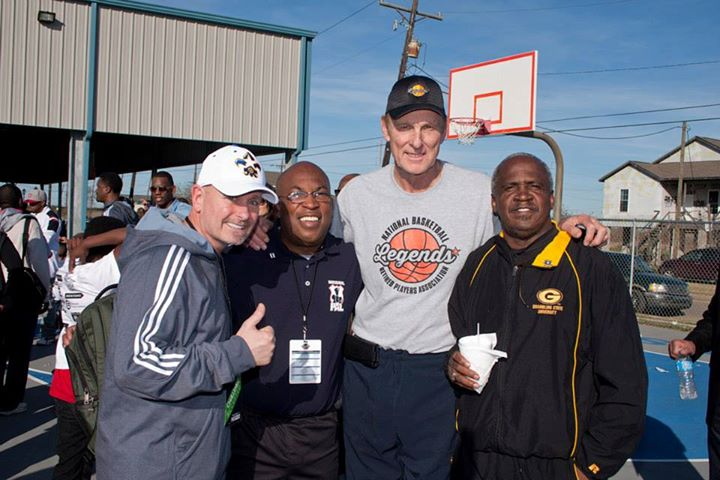 nba-legends-at-oliver-bush-basketball-clinic-18