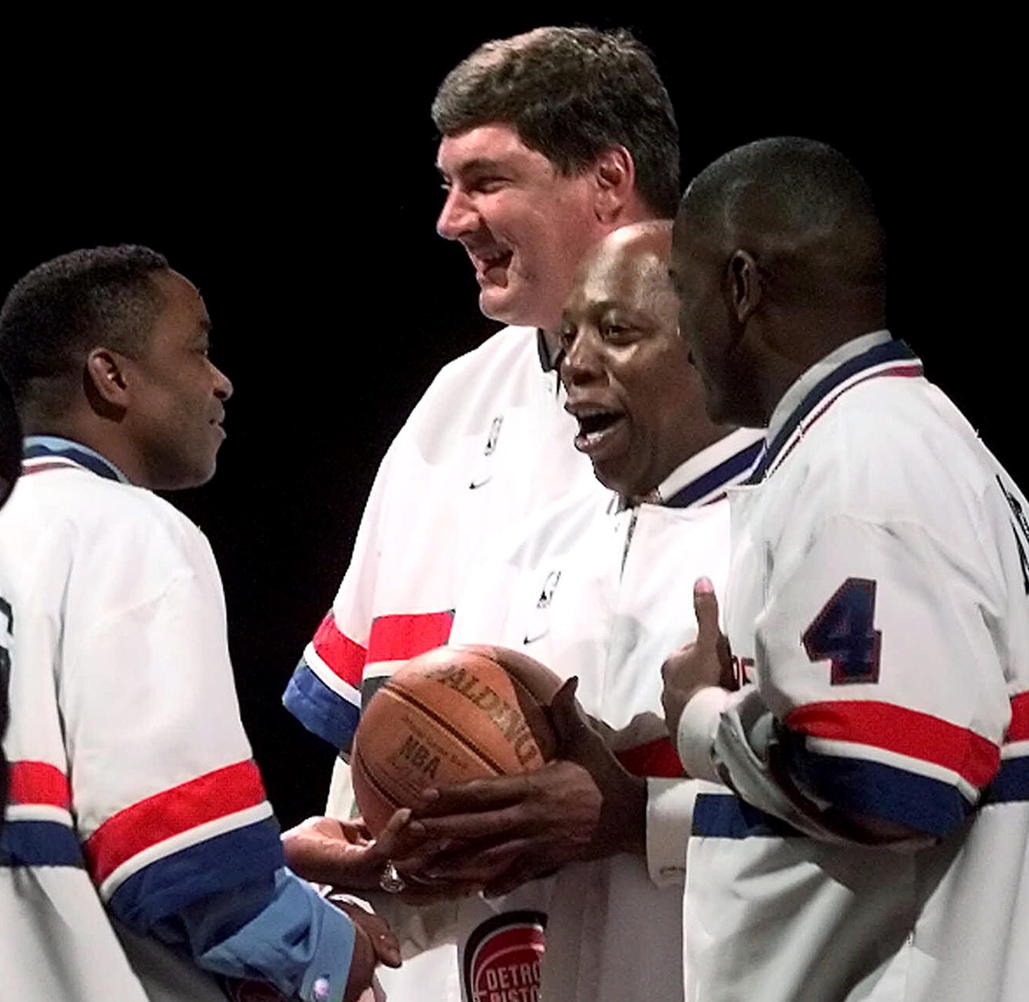 """Former Detroit Pistons """"Bad Boys"""" meet at fundraiser"""