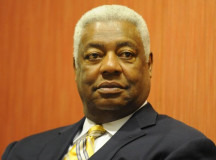 Oscar Robertson to accept inaugural Curt Flood Game-Changer Award
