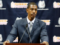 Kevin Ollie waits for offer from UConn before talking to NBA teams