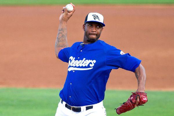 mcgrady-pitcher