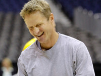Steve Kerr destroys Steph Curry's critics with straight-up sarcasm