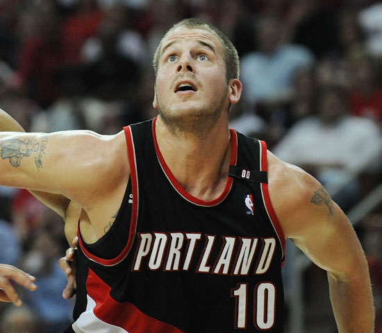 Blazers Basketball Reference: NBA Vet Przybilla Retires After Sitting Out 2014 Season