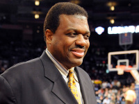 NBA great Bernard King explains triangle offense, says Knicks to make playoffs