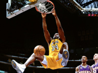 Shaquille O'Neal's whole NBA career in 5 GIFs