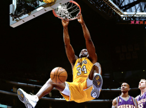 shaq-lakers-dunking
