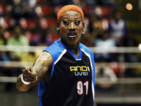 "Rodman ""proves"" he helped U.S. prisoner Bae to be released by North Korea"