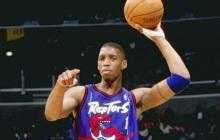 Toronto Raptors to honor ex-player Tracy McGrady