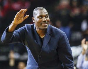olajuwon-courtside-sit