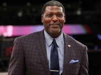 Ex-Knick Larry Johnson in deep trouble over unpaid child support
