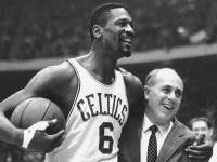 1963: Boston Celtics defeat LA Lakers, win 5th straight NBA title (VIDEO)