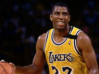 Magic Johnson's top 10 career assists (VIDEO)
