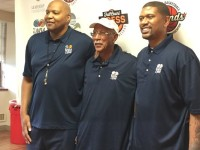 Ex-NBA stars Jalen Rose, Derrick Coleman, Dave Bing hold clinic for kids