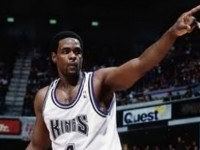 Ex-NBA star Chris Webber to teach course at Wake Forest
