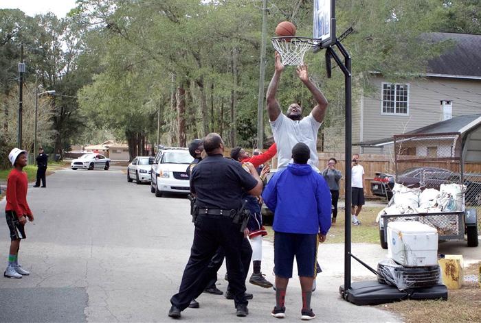 shaq-basketball-cop2