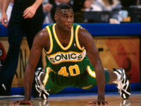 Shawn Kemp's top 10 unbelievable high-school dunks (VIDEO)