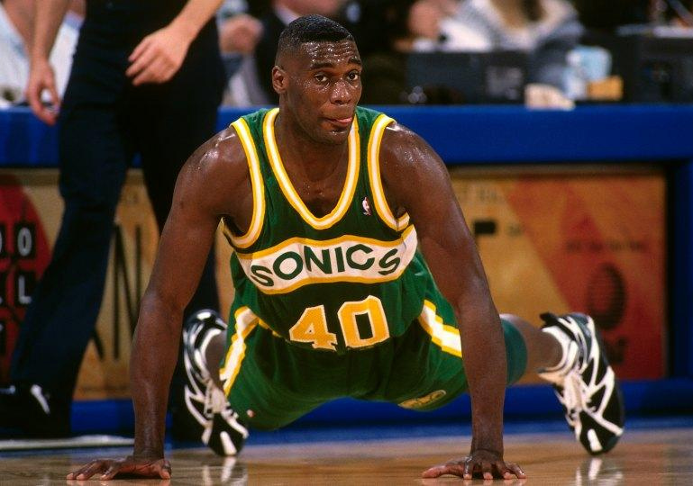 shawn-kemp-sonics-floor