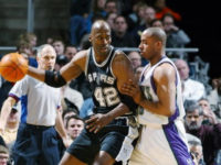 Courtside Stories: How Spurs wanted to throw Kevin Willis into water