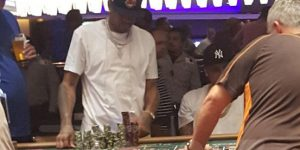 Allen Iverson caught gambling in Chicago (PHOTO)