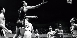 NBA legend Bob Pettit: I went after every rebound, on both offense and defense