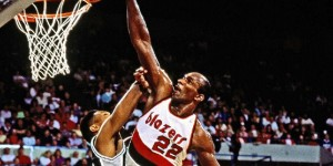 Clyde Drexler - top 10 career NBA dunks (VIDEO)