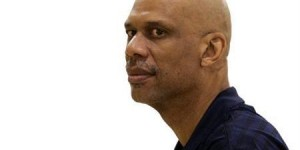 Abdul-Jabbar says he can still dunk, also writing a detective novel