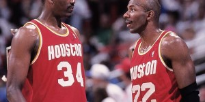 Clyde Drexler says Olajuwon could still play 10 minutes per game