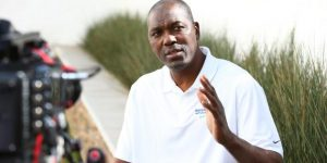 Hakeem Olajuwon talks college time, the Warriors and Kobe Bryant
