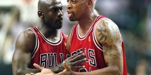 Dennis Rodman with (and against) his former teammates - PHOTOS
