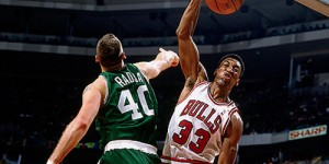 Top 10 career dunks of Scottie Pippen (VIDEO)