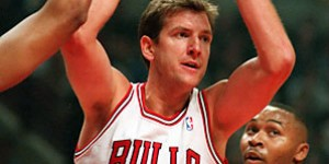 Will Perdue: I took worse shots from Bill Cartwright than from Jordan