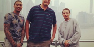Yao Ming takes ex-NBA players out for lunch